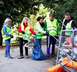 Aktionstag 2020: Müll sammeln im Park