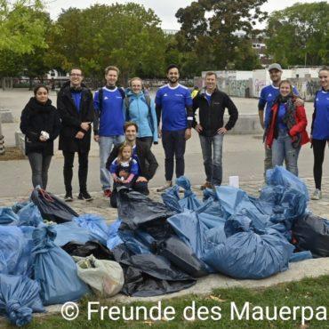 Mauerpark Cleanup gesammelter Müll WCD 2021